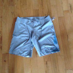 MEC Bottom Turn Board Shorts NWT